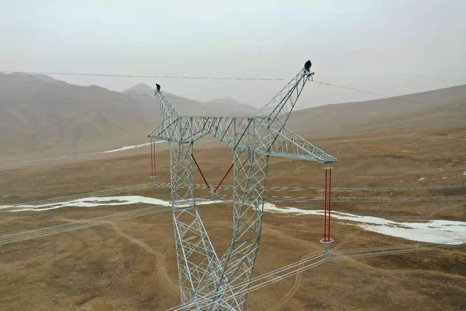 青海750千伏主电网首次建成三通道输电线路 优化补强青海主电网架构