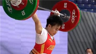 举重亚锦赛中国队廖秋云、李发彬轻松摘取总成绩金牌