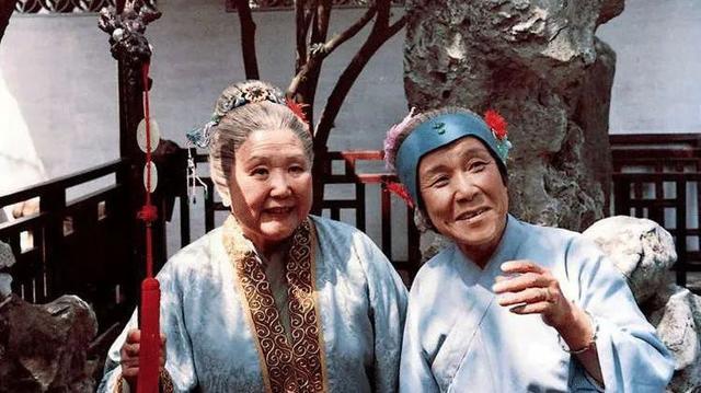 《红楼梦》中的刘姥姥是最智慧的女人!