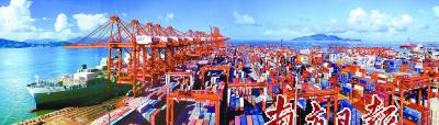 前8月广东外贸进出口5.24万亿元人民币同比增长19.6%